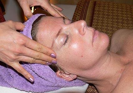 Gesichtsmassage bei Mudturadas Thaimassage in Wetzlar - kleines Bild im Footer